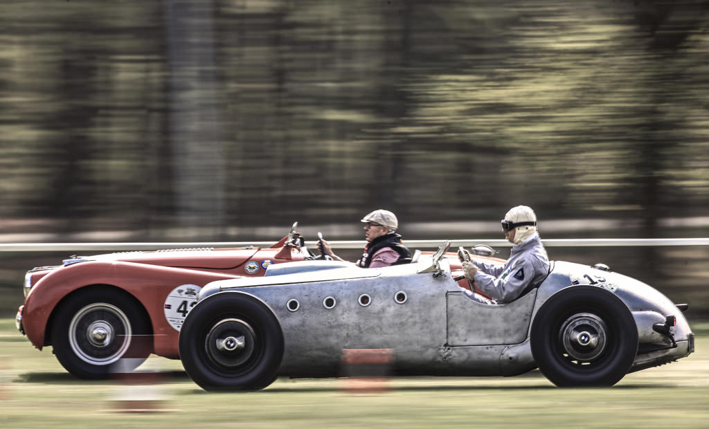 Vintage Race Days - Classic Trader Magazin