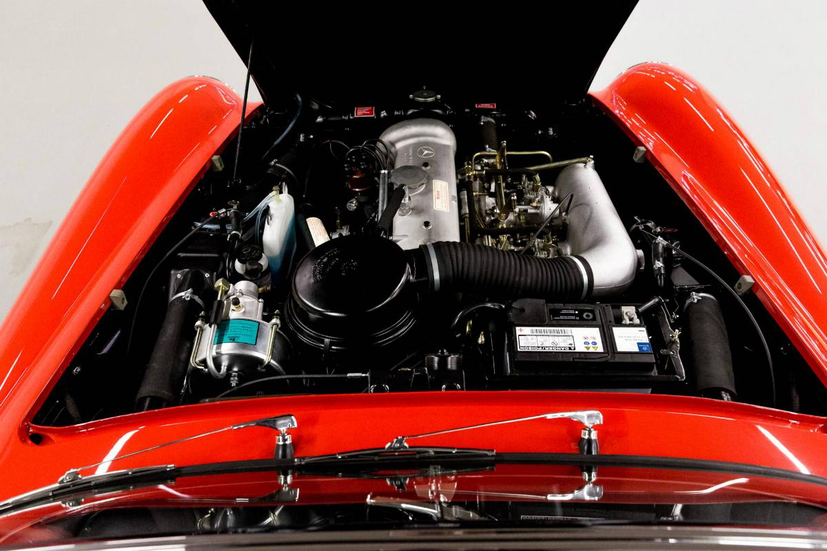 Mercedes-Benz 190 SL Kaufberatung - Motorraum