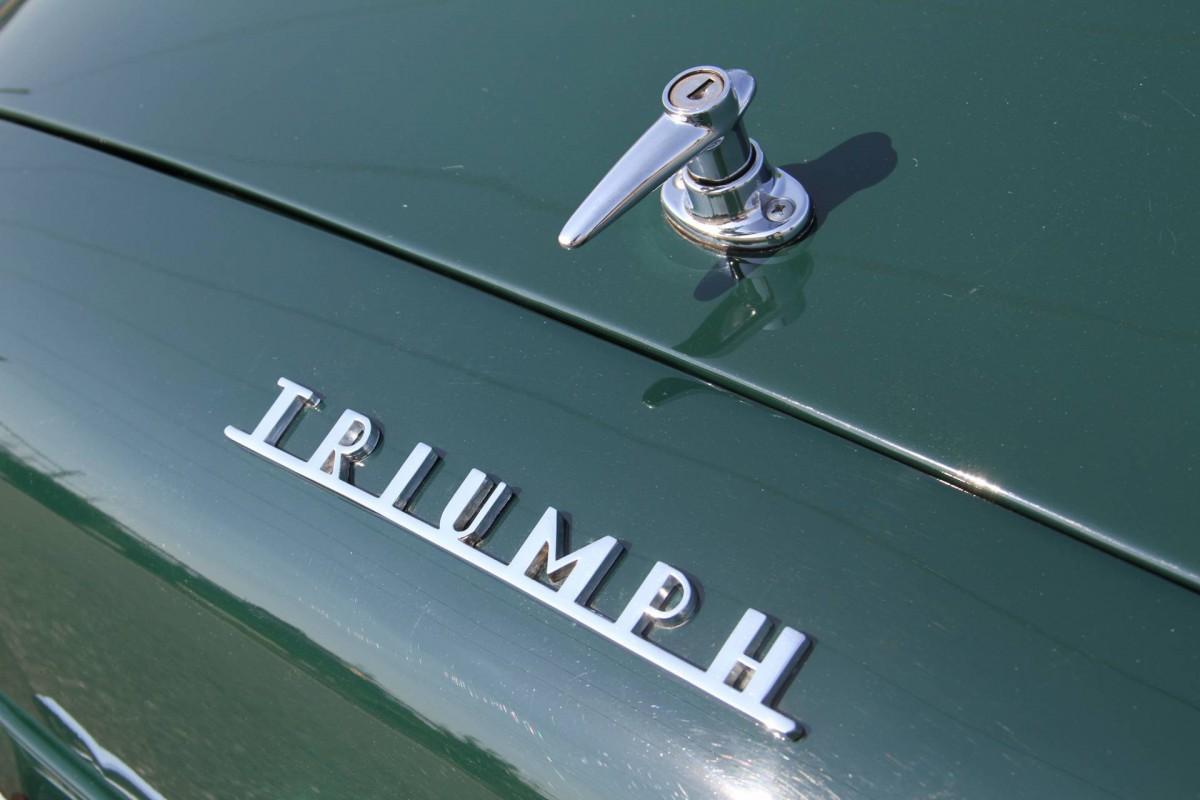Triumph TR3 Kaufberatung Schriftzug