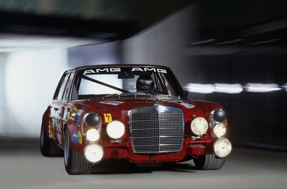 50 jahre mercedes amg for Mercedes benz amg 6 3