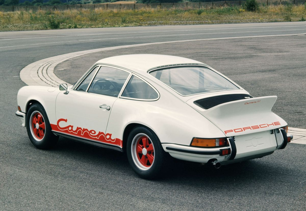 Original vs Recreation Porsche 911 RS