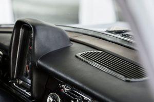 Mercedes-Benz W 110 15