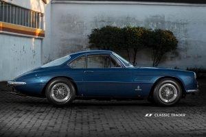 Pininfarina Ferrari 400 Superamerica 2