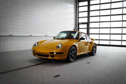 Project Gold Porsche 911 993 Turbo (18)