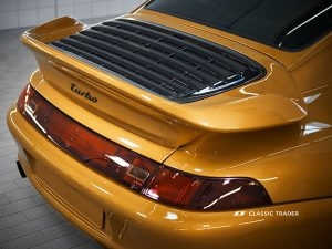 Project Gold Porsche 911 993 Turbo (2)