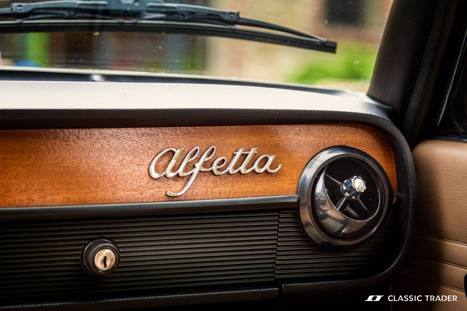 This 1972 Alfa Romeo Alfetta Is An Unbelievable Discovery Transaxle Ambitious Driver Thanks To