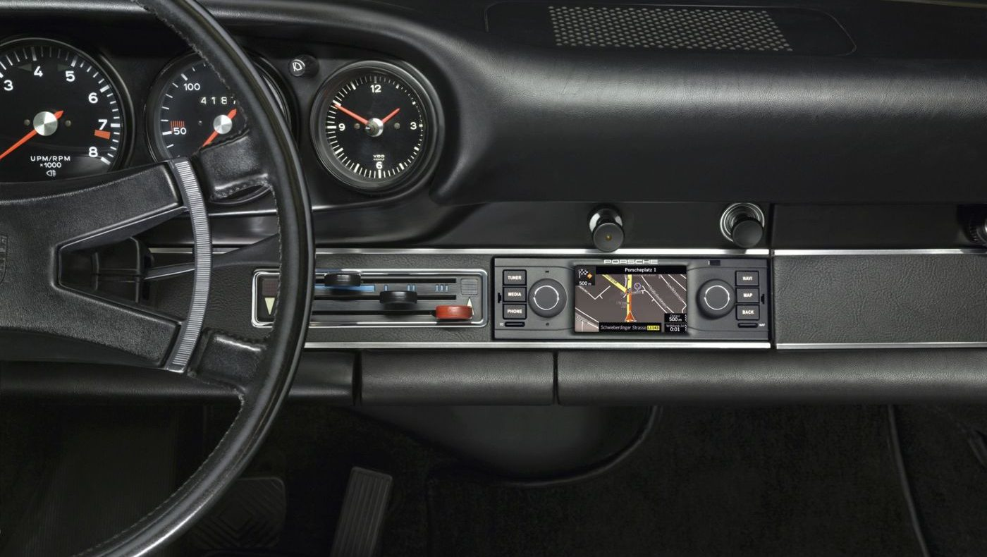 Porsche Classic Navigationsgeraet 1