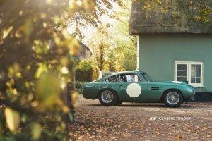 Aston Martin DB 4 GT Continuation 10