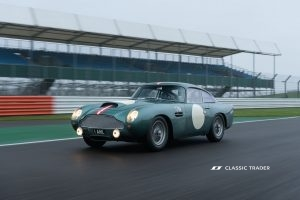 Aston Martin DB 4 GT Continuation 14