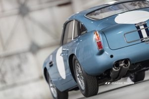 Aston Martin DB 4 GT Continuation (2)