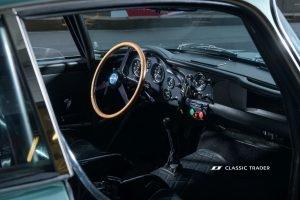 Aston Martin DB 4 GT Continuation 22