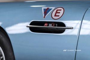 Aston Martin DB 4 GT Continuation (3)