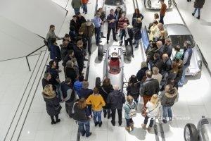 Porsche Museum Ausstellung Besucher