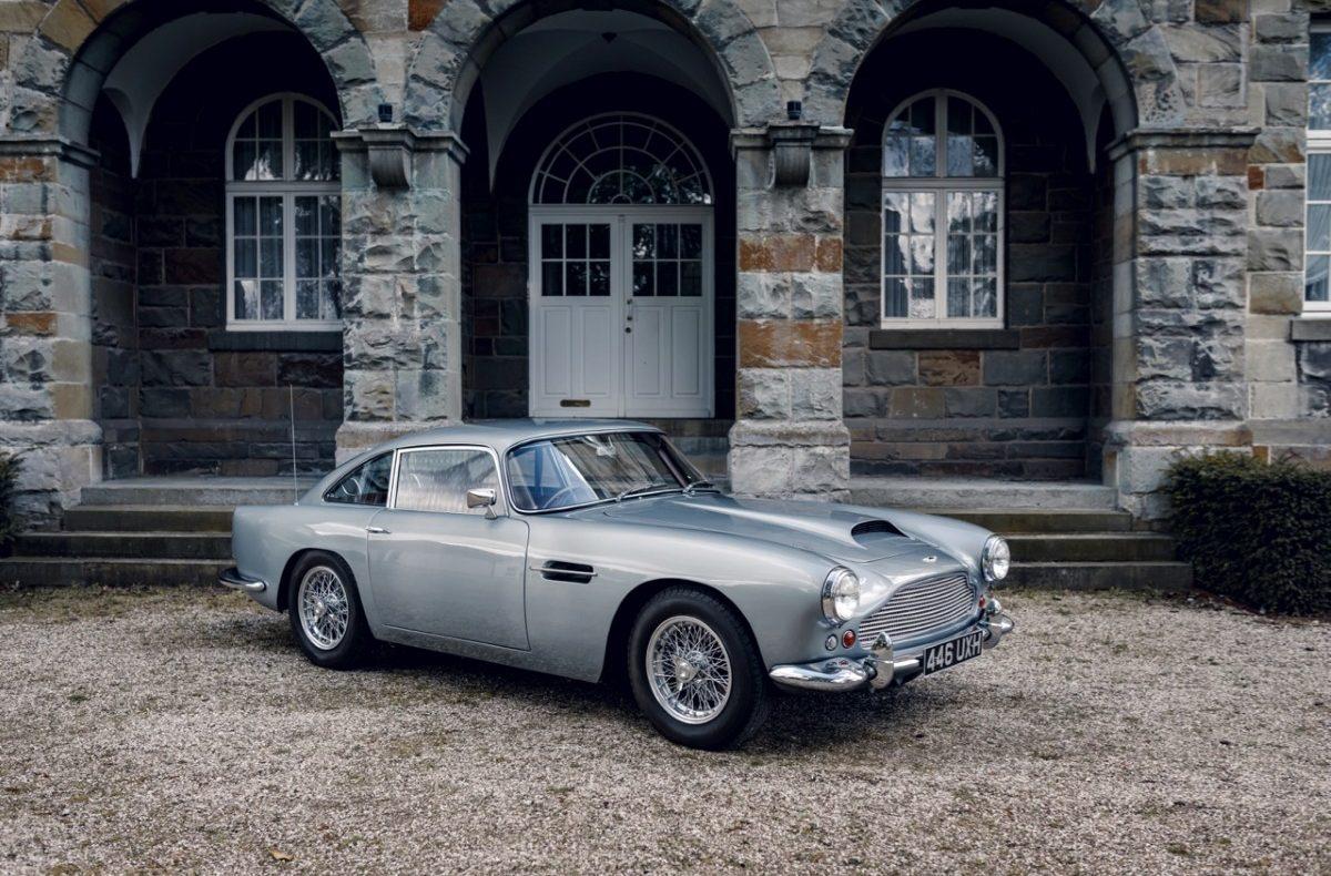 Aston Martin DB4 Exterior 2