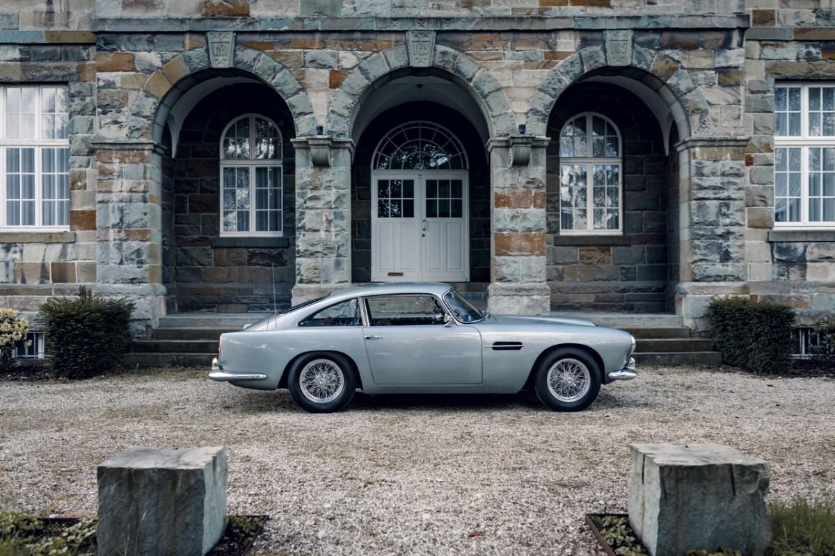 Aston Martin DB4 Exterior 6