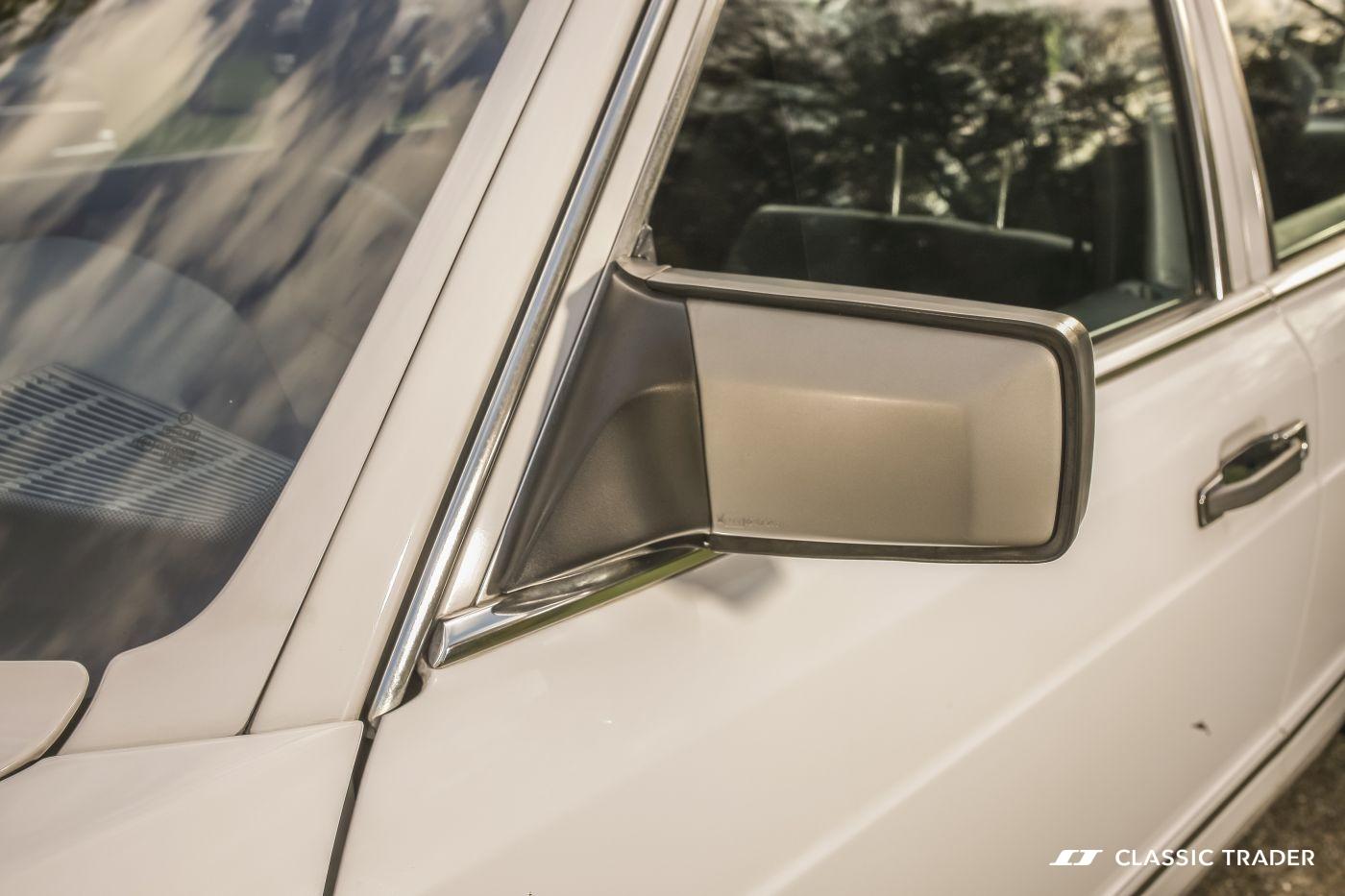 Mercedes-Benz W 126 S Klasse 300 SE (21)
