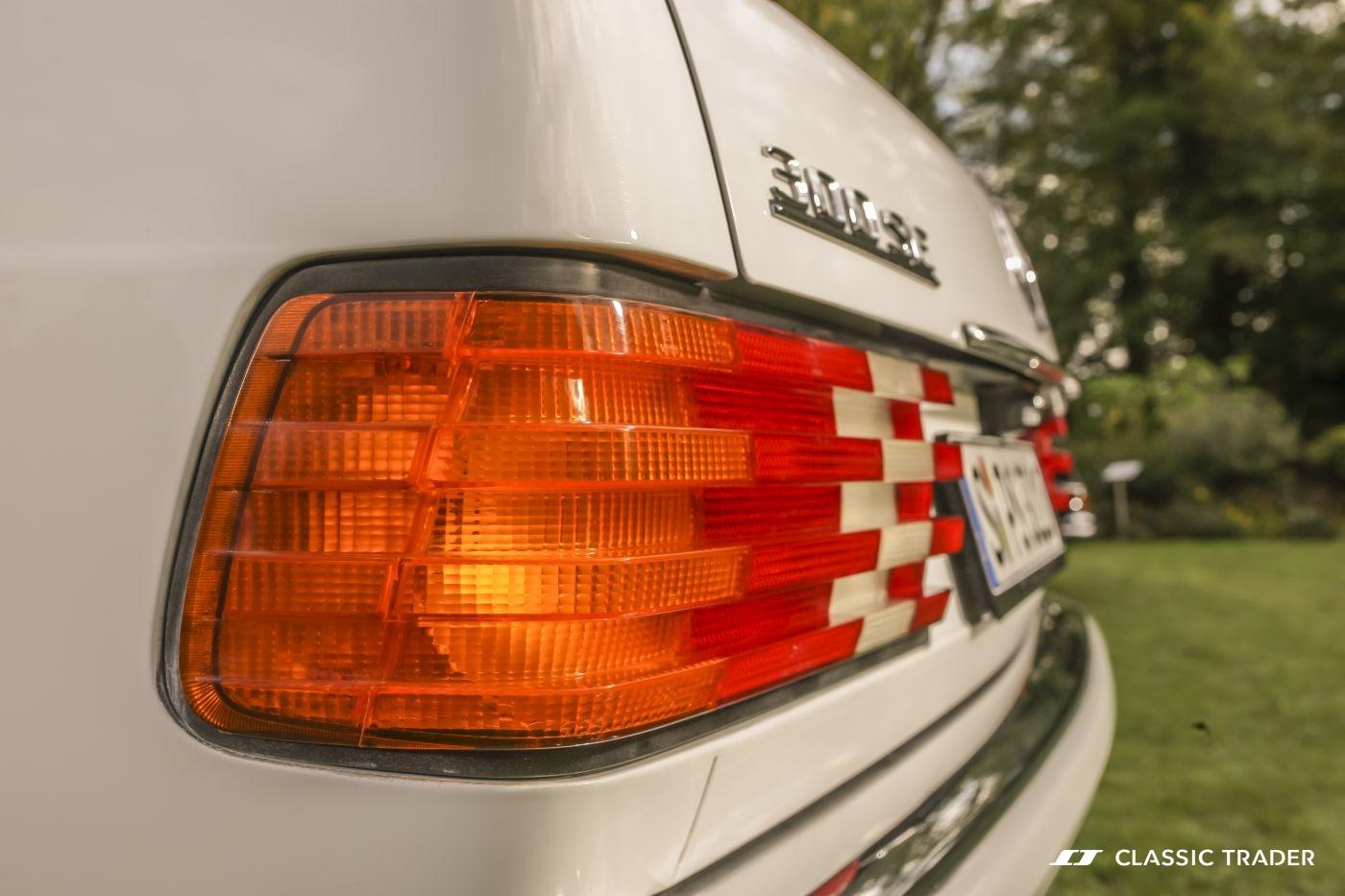 Mercedes-Benz W 126 S Klasse 300 SE (20)