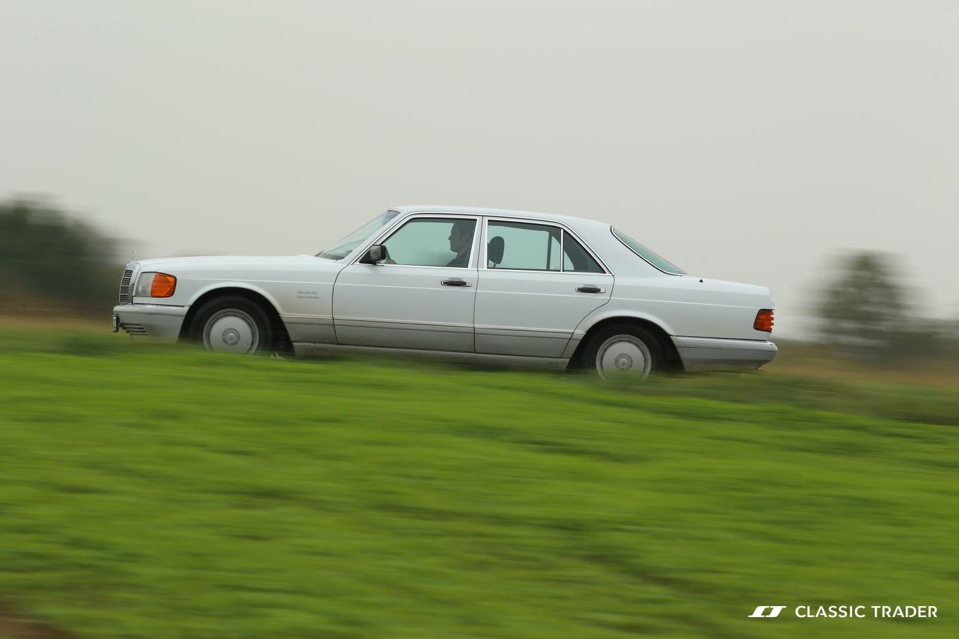 Mercedes-Benz W 126 S Klasse 300 SE 1990 Seite (9)