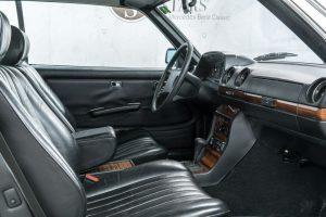 Mercedes-Benz 230 C W123 Interieur (4)