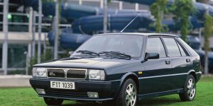 Kolumne Zeitsprünge | Lancia Delta – die Mittelklasse ist nobler geworden