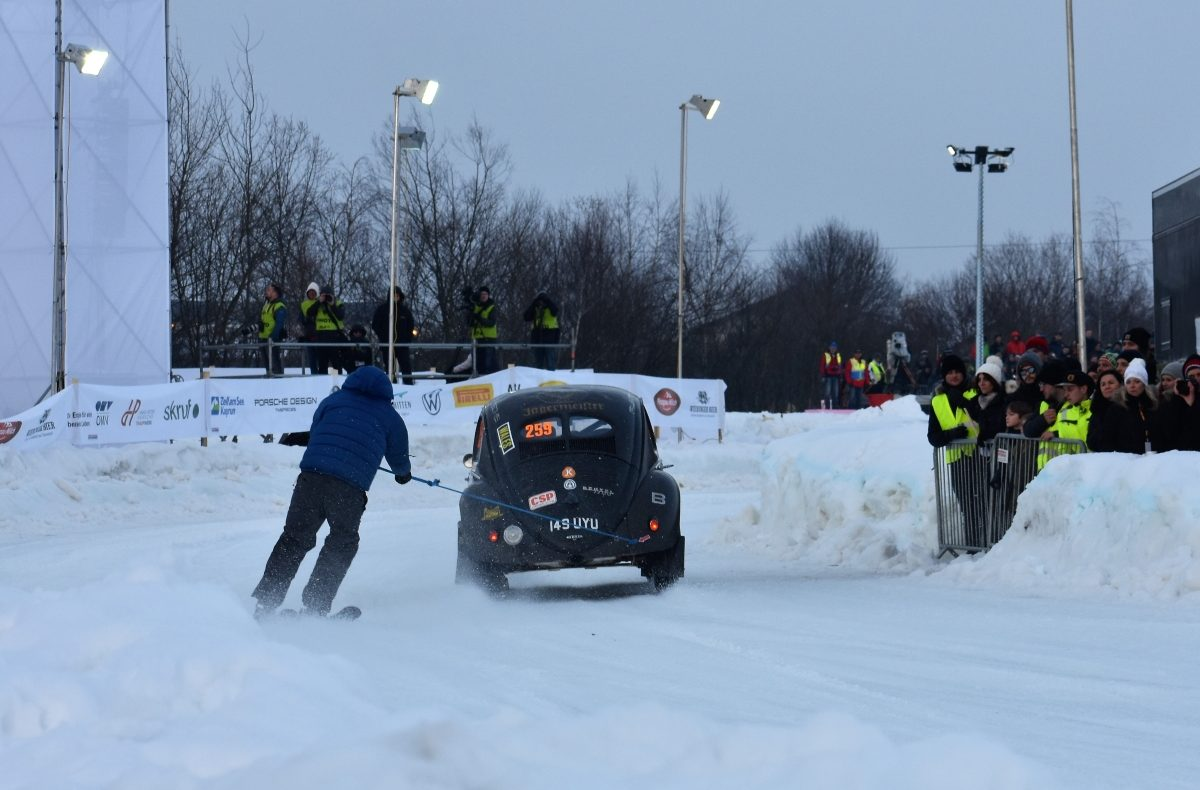 GP Ice Race 2020 - VW Käfer Brezel, Skijöring