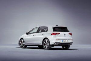 Volkswagen Golf VIII GTE (1)