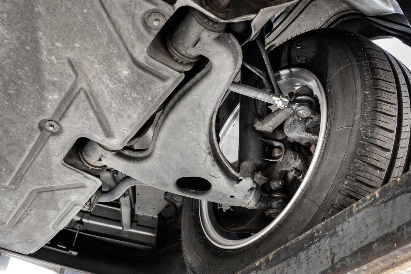 Mercedes-Benz C 124 Coupe Aufhängung (16)