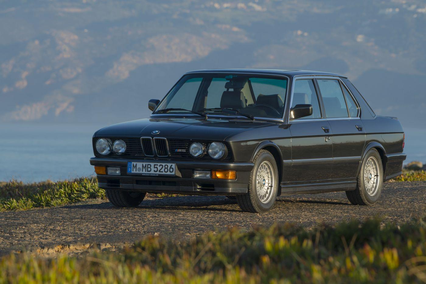 BMW E28 M5 (24)