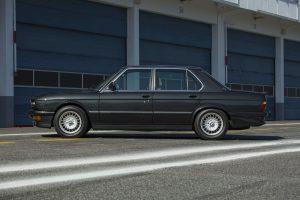 BMW E28 M5 Seite (25)