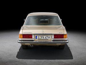 Formen und Farben der 70er Byzanzgold metallic 422 Mercedes-Benz W 116 (3)