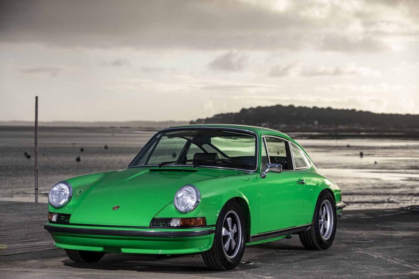 Formen und Farben der 70er Porsche 911 Vipergrün 1