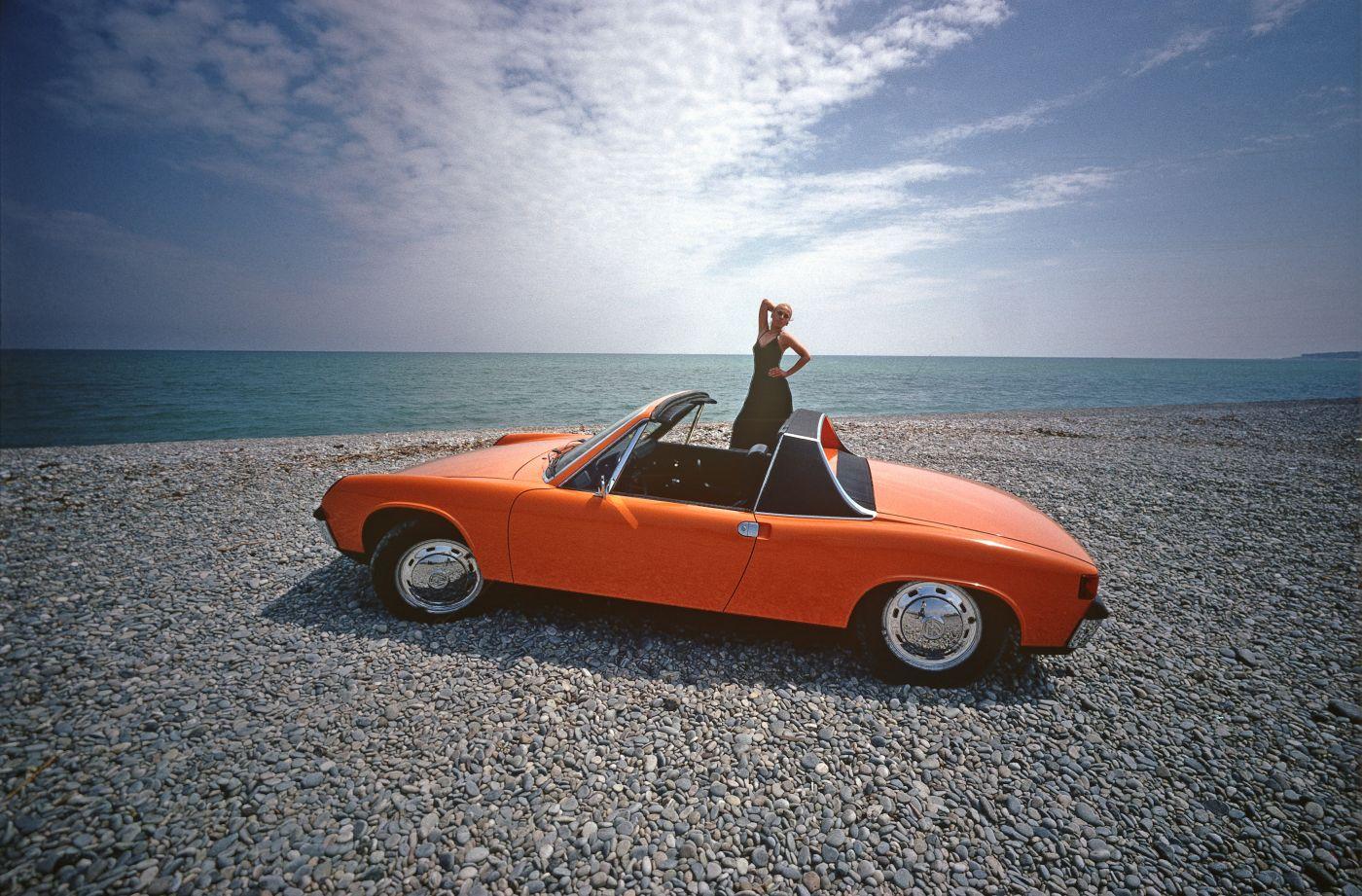 Formen und Farben der 70er Porsche 914 Orange