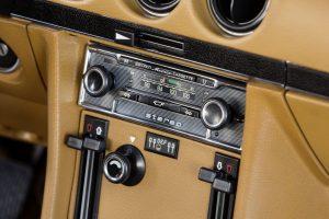 Mercedes-Benz R 107 280 SL 1976 Radio (9)