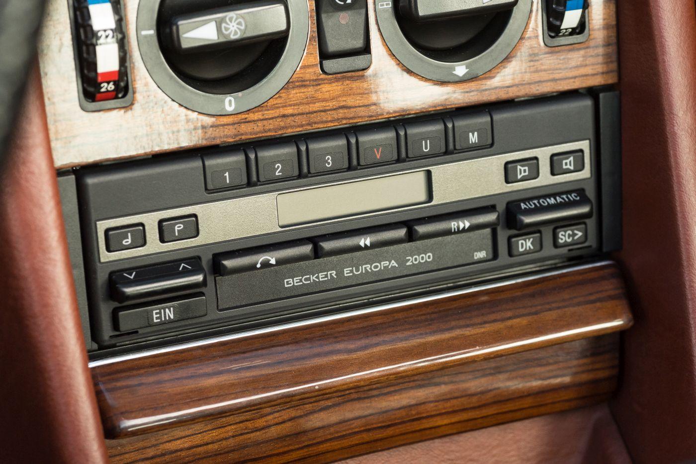 Mercedes-Benz S-Klasse W 126 280 SE 1982 Radio Becker Europa (10)