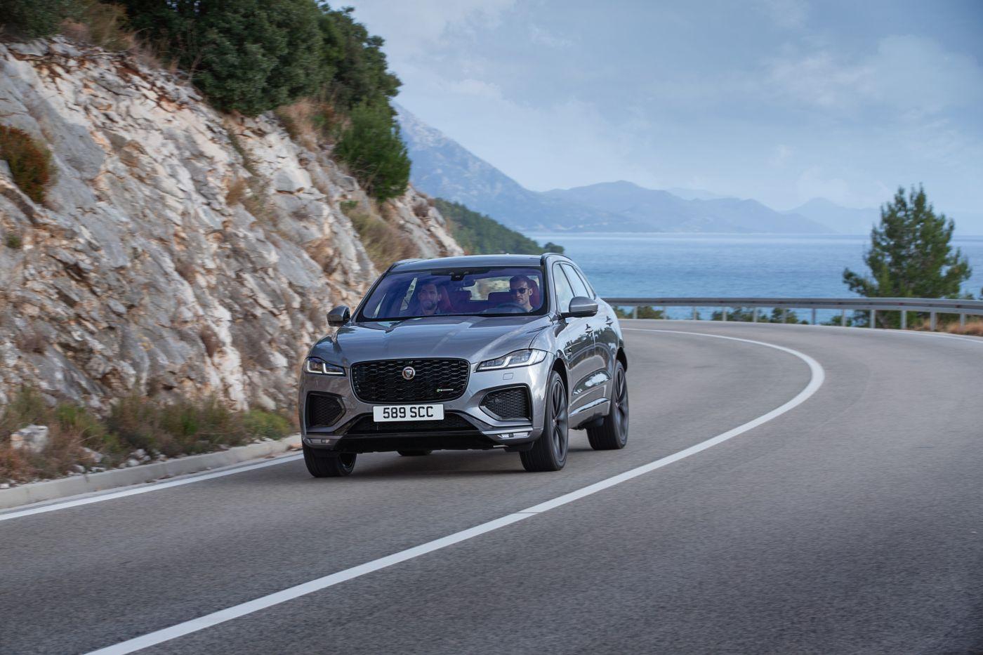 2021 Jaguar F-Pace 2