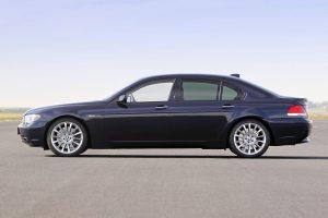 BMW Design 2001 760i E65 Seite