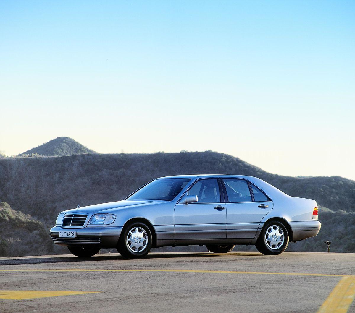 Mercedes-Benz S-Klasse W140 7
