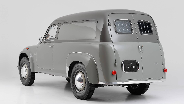 Top marques dalle corse alla strada classic trader magazine lancia appia c10 furgone 1956 ai tempi in cui la lancia spaziava in tutti gli ambiti dei veicoli dalle auto ai commerciali e ai mezzi pesanti vanachro Images