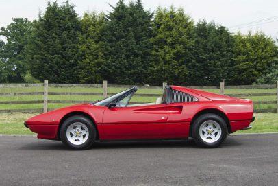 Ferrari_308_300x200_6