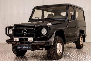 Mercedes-Benz 300 GD 12