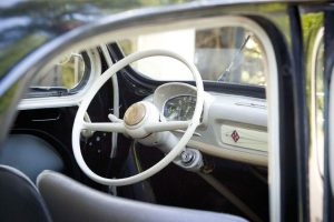 Renault-4CV-Innenraum