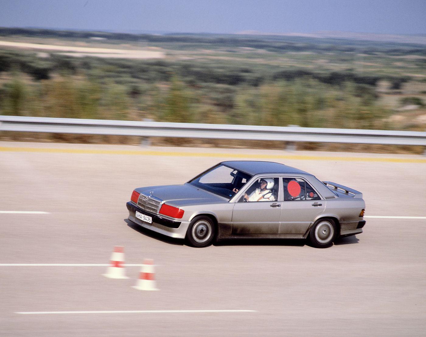 Mercedes-Benz 190 E 2.3 16 W 201 7